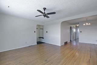 Photo 4: 3707 42 Street SW in Calgary: Glenbrook Semi Detached for sale : MLS®# A1085928