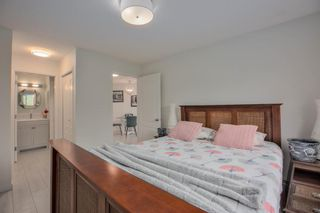Photo 18: 412 30 Sierra Morena Mews SW in Calgary: Signal Hill Apartment for sale : MLS®# A1107918