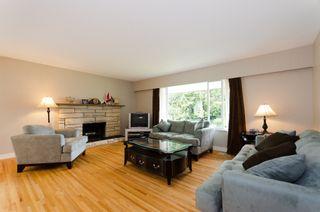 """Photo 2: 964 51A Street in Tsawwassen: Tsawwassen Central House  in """"TSAWWASSEN CENTRAL"""" : MLS®# V898853"""