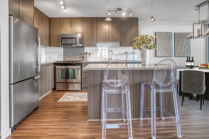 FEATURED LISTING: 3608 - 13325 102A Avenue Surrey