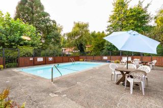 """Photo 17: 4193 BRIDGEWATER Crescent in Burnaby: Cariboo Townhouse for sale in """"VILLAGE DEL PONTE"""" (Burnaby North)  : MLS®# R2349591"""