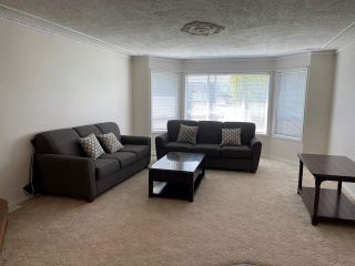Photo 3: 8876 BROADWAY Street in Chilliwack: Chilliwack E Young-Yale House for sale : MLS®# R2578773