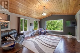 Main Photo: 4162 Eld Rd in Whiskey Creek: House for sale : MLS®# 887481