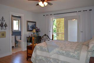 Photo 10: 5315 CEDARVIEW Place in Sechelt: Sechelt District House for sale (Sunshine Coast)  : MLS®# R2368813