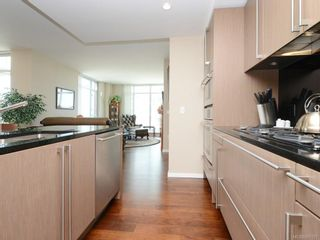 Photo 9: 604 100 Saghalie Rd in : VW Songhees Condo for sale (Victoria West)  : MLS®# 857057