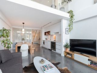 """Photo 7: 274 E 2ND Avenue in Vancouver: Mount Pleasant VE Townhouse for sale in """"JACOBSEN"""" (Vancouver East)  : MLS®# R2572730"""