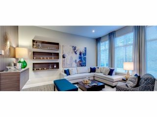 Photo 3: 43 2687 158TH Street in Surrey: Townhouse for sale (South Surrey White Rock)
