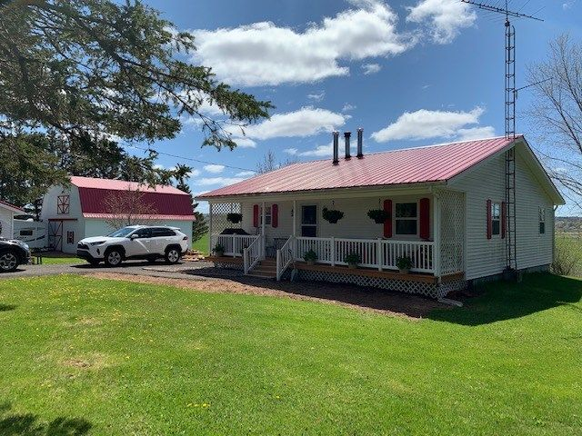 Main Photo: 144 SMITH Road in Nappan: 101-Amherst,Brookdale,Warren Residential for sale (Northern Region)  : MLS®# 202008451