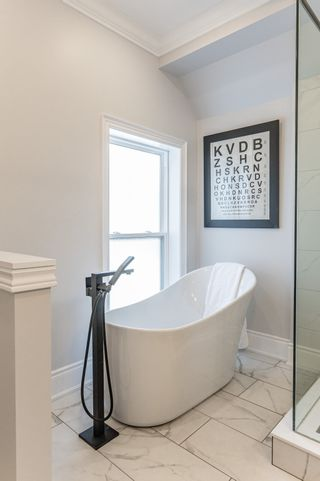 Photo 61: 49 Oak Avenue in Hamilton: House for sale : MLS®# H4090432