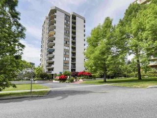 "Photo 1: 601 701 W VICTORIA Park in North Vancouver: Central Lonsdale Condo for sale in ""GATEWAY"" : MLS®# R2474019"