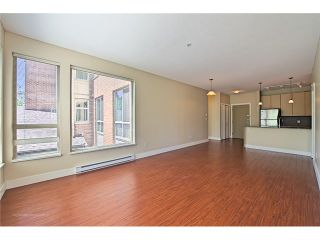 """Photo 8: 214 6268 EAGLES Drive in Vancouver: University VW Condo for sale in """"Clements Green"""" (Vancouver West)  : MLS®# V1067735"""