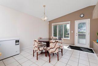 Photo 8: 8415 156 Ave NW in Edmonton: Zone 28 House Half Duplex for sale : MLS®# E4248433