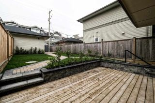Photo 16: 1616 MAHON AVENUE in North Vancouver: Central Lonsdale 1/2 Duplex for sale : MLS®# R2012803