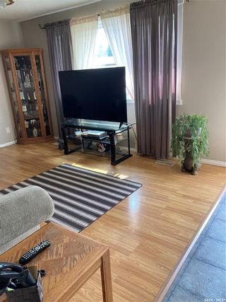 Photo 3: 610 Fisher Crescent in Saskatoon: Confederation Park Residential for sale : MLS®# SK864576