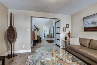 Photo 6: 20 Woodfield Road SW in Calgary: Woodbine Detached for sale : MLS®# A1100408