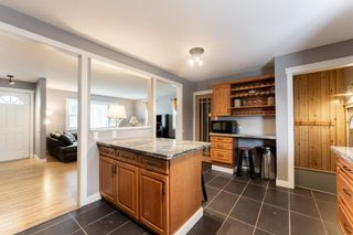 Photo 7: 10672 Shillington Crescent SW in Calgary: Southwood Detached for sale : MLS®# A1062670