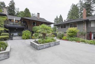 """Photo 19: 101 235 KEITH Road in West Vancouver: Cedardale Townhouse for sale in """"SPURWAY GARDENS"""" : MLS®# R2393572"""