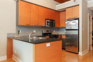 Photo 7: 404 610 Johnson St in VICTORIA: Vi Downtown Condo for sale (Victoria)  : MLS®# 760752