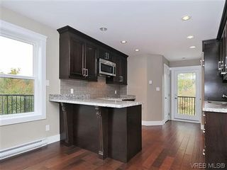 Photo 6: 974 Rattanwood Pl in VICTORIA: La Happy Valley Row/Townhouse for sale (Langford)  : MLS®# 621552