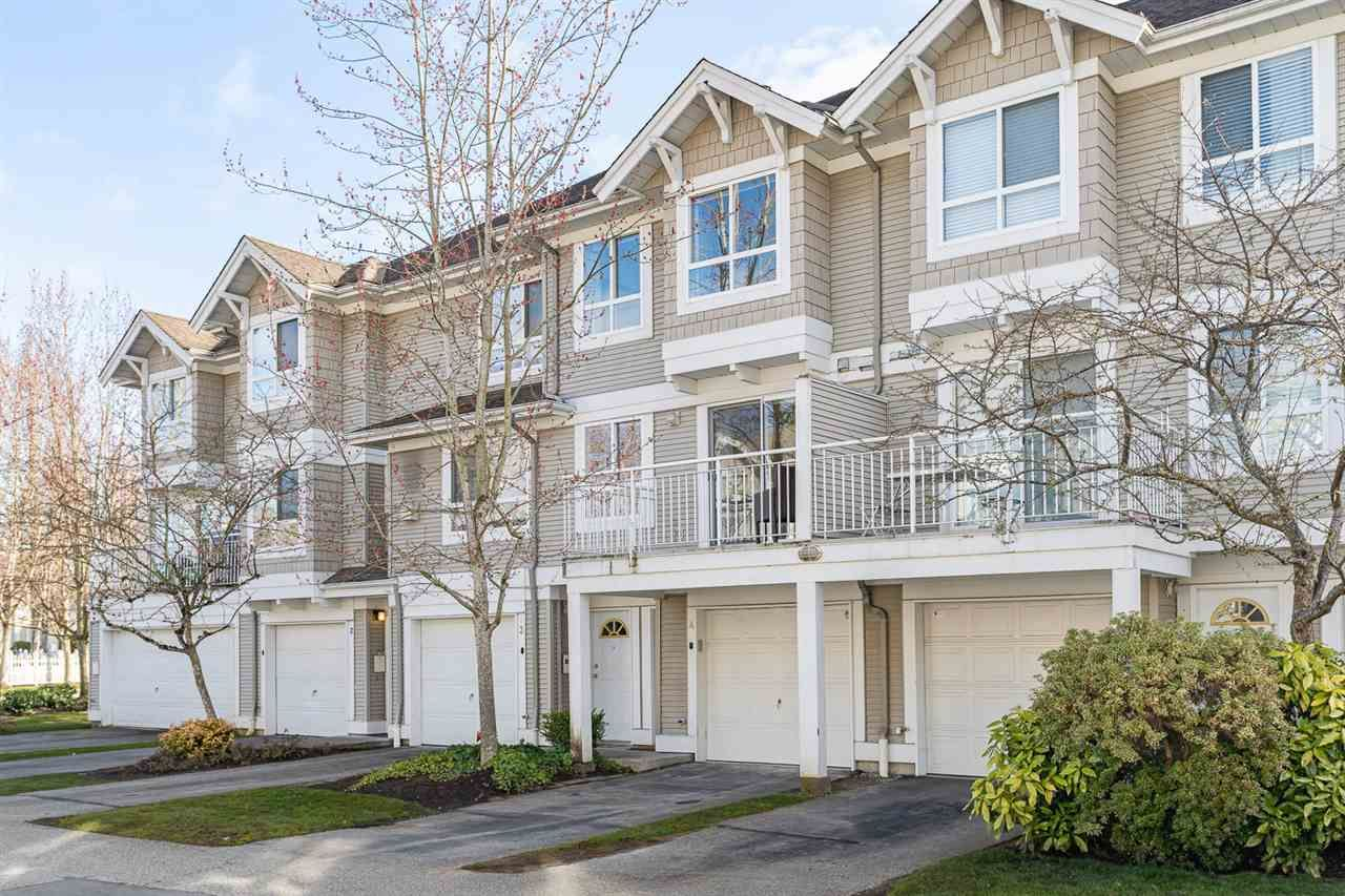 "Main Photo: 4 20890 57 Avenue in Langley: Langley City Townhouse for sale in ""Aspen Gables"" : MLS®# R2457097"
