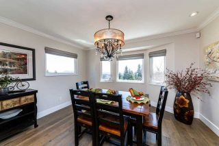 Photo 5: 1061 CHAMBERLAIN Drive in North Vancouver: Lynn Valley House for sale : MLS®# R2449836