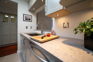 """Photo 9: 401 1924 COMOX Street in Vancouver: West End VW Condo for sale in """"WINDGATE by the PARK"""" (Vancouver West)  : MLS®# R2617561"""