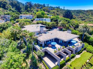 Photo 7: LA JOLLA House for sale : 5 bedrooms : 7505 Hillside Dr