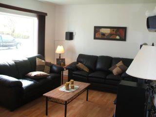 Photo 3: 742 Muriel Street in WINNIPEG: Westwood / Crestview Residential for sale (West Winnipeg)  : MLS®# 1020188