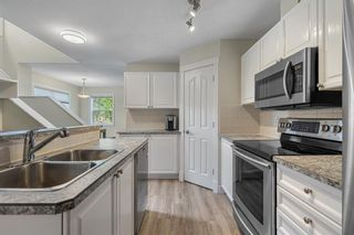 Photo 3: 1 2318 17 Street SE in Calgary: Inglewood Row/Townhouse for sale : MLS®# A1018263