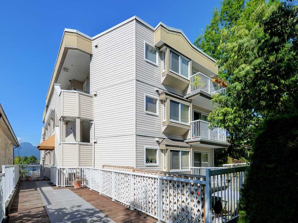 Main Photo: 302 2295 PANDORA STREET in Vancouver: Hastings Condo for sale (Vancouver East)  : MLS®# R2252393