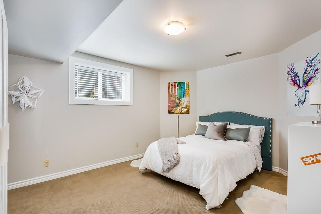 Photo 32: Photos: 115 SIERRA MORENA Circle SW in Calgary: Signal Hill Detached for sale : MLS®# C4299539