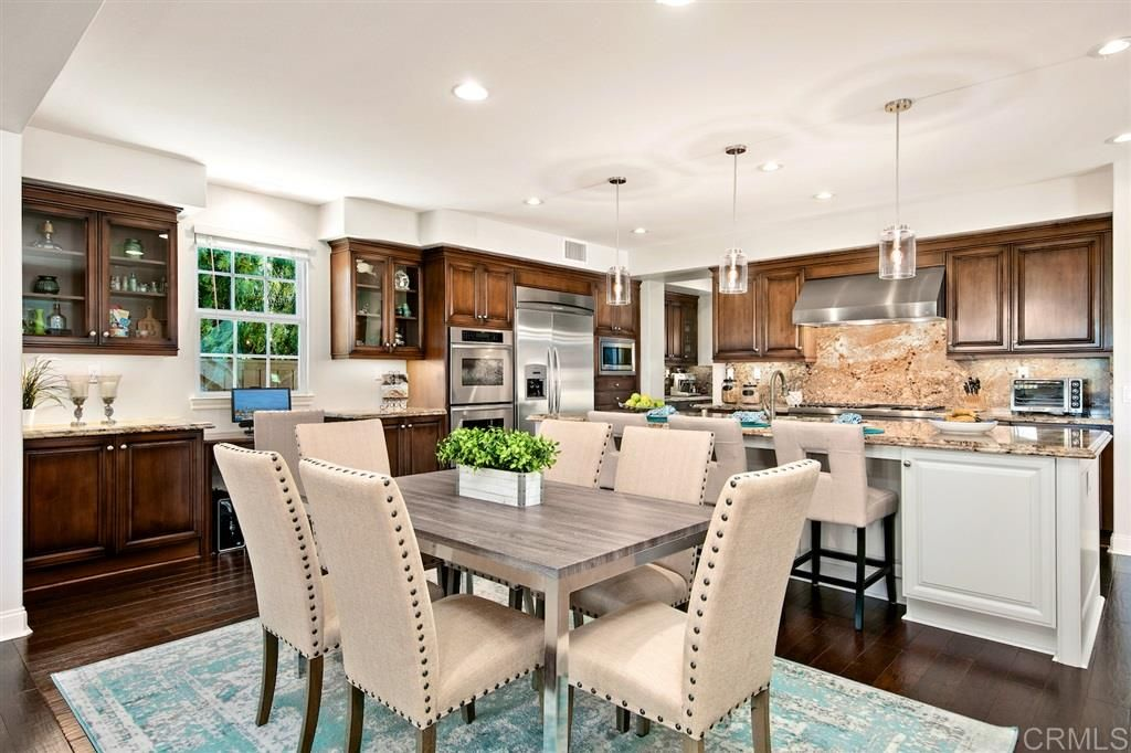 Photo 8: Photos: CARLSBAD SOUTH House for sale : 5 bedrooms : 6928 Sitio Cordero in Carlsbad