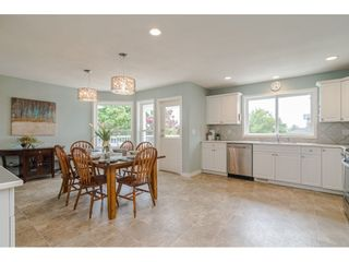 """Photo 7: 19040 60 Avenue in Surrey: Cloverdale BC House for sale in """"Cloverdale"""" (Cloverdale)  : MLS®# R2455554"""