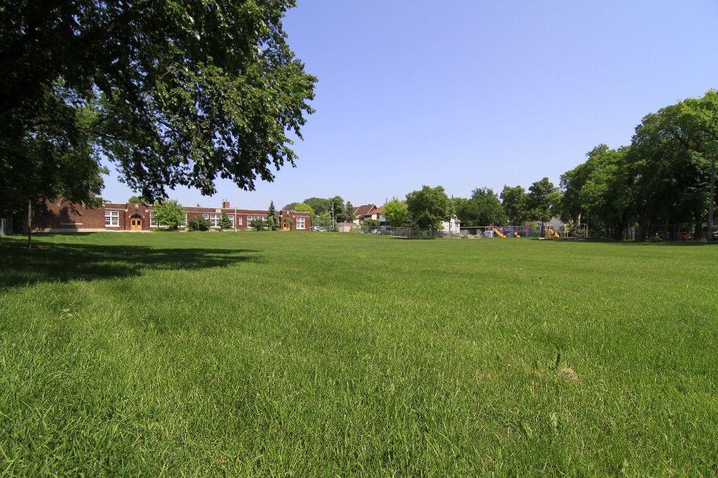 Photo 63: Photos: 470 Clifton Street in Winnipeg: Wolseley Single Family Detached for sale (West Winnipeg)  : MLS®# 1314152