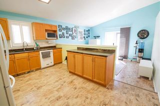 Photo 8: 40 Outhwaite Street in Winnipeg: Harbour View South Residential for sale (3J)  : MLS®# 202113486