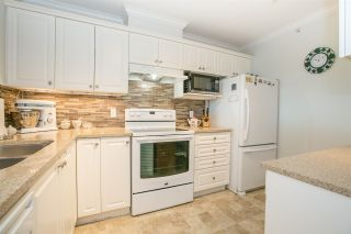 """Photo 3: 505 12148 224 Street in Maple Ridge: East Central Condo for sale in """"PANORAMA"""" : MLS®# R2208761"""