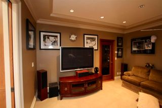 Photo 13: 5085 1 Avenue in Delta: Pebble Hill House for sale (Tsawwassen)  : MLS®# R2577224