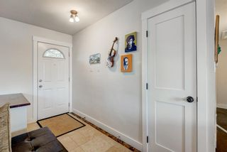 Photo 3: 100 Westwood Drive SW in Calgary: Westgate Detached for sale : MLS®# A1057745