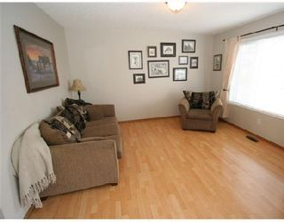 Photo 2: 28 COVERTON Close NE in CALGARY: Coventry Hills Residential Detached Single Family for sale (Calgary)  : MLS®# C3321253