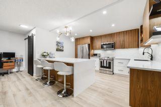 Photo 4: 206 11503 100 Avenue in Edmonton: Zone 12 Condo for sale : MLS®# E4264289