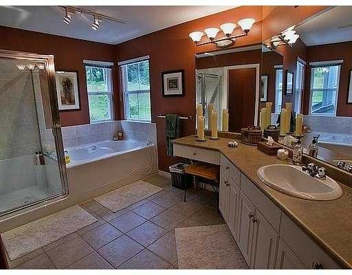 Photo 6: Photos: 3321 CHARTWELL GREEN BB in Coquitlam: Westwood Plateau House for sale : MLS®# V586242