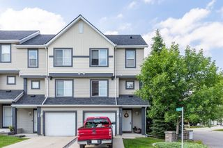 Main Photo: 40 Everhollow Way SW in Calgary: Evergreen Row/Townhouse for sale : MLS®# A1126595