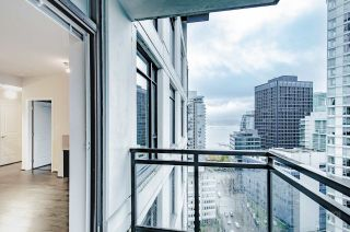 "Photo 17: 2001 1211 MELVILLE Street in Vancouver: Coal Harbour Condo for sale in ""RITZ"" (Vancouver West)  : MLS®# R2559926"
