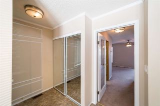 Photo 3: 8 10205 158 Avenue in Edmonton: Zone 27 Townhouse for sale : MLS®# E4246374