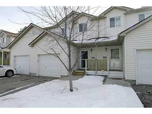 Main Photo: 134 DOUGLAS GLEN Park SE in Calgary: 2 Storey for sale : MLS®# C3559076