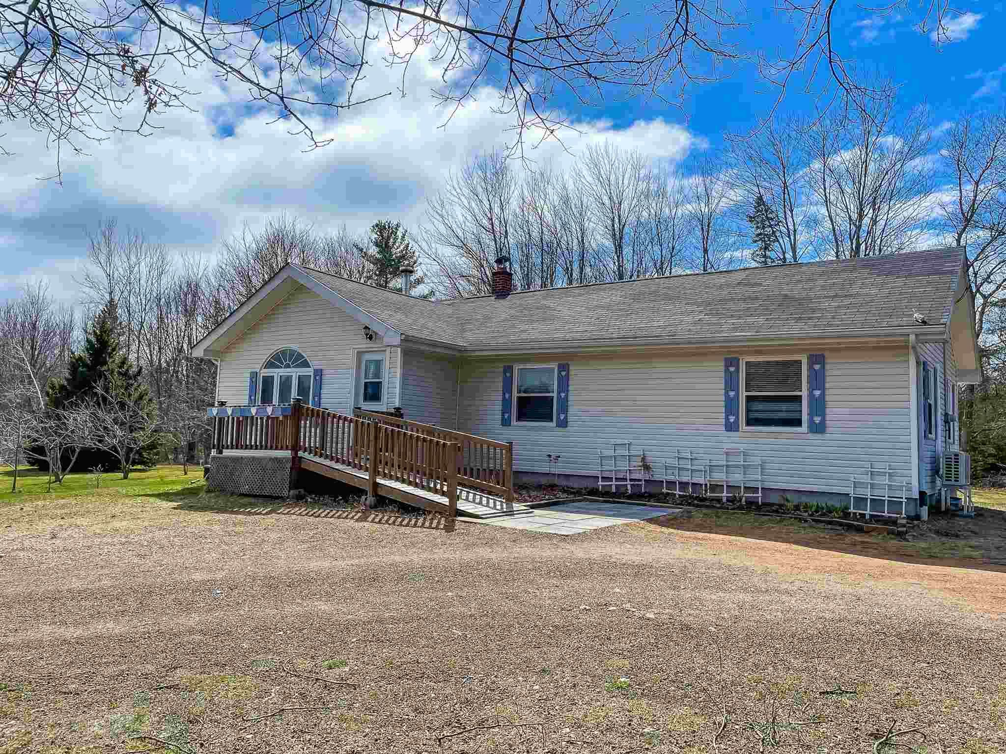Main Photo: 109 Victoria Road in Wilmot: 400-Annapolis County Residential for sale (Annapolis Valley)  : MLS®# 202108275