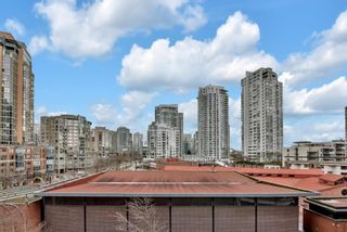 "Photo 3: 6F 199 DRAKE Street in Vancouver: Yaletown Condo for sale in ""CONCORDIA 1"" (Vancouver West)  : MLS®# R2573262"