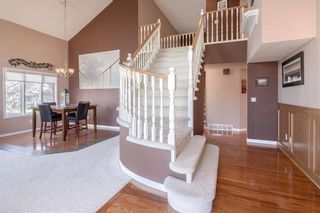 Photo 3: 248 WOOD VALLEY Bay SW in Calgary: Woodbine Detached for sale : MLS®# C4211183