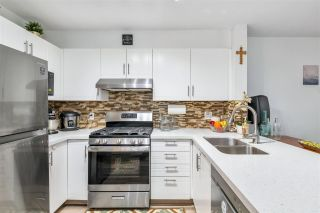 """Photo 12: 308 688 E 16TH Avenue in Vancouver: Fraser VE Condo for sale in """"Vintage Eastside"""" (Vancouver East)  : MLS®# R2527911"""