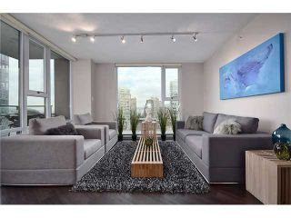 "Photo 1: 2002 583 BEACH Crescent in Vancouver: Yaletown Condo for sale in ""PARKWEST II"" (Vancouver West)  : MLS®# V928427"